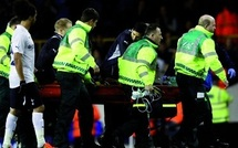 Fabrice Muamba entre la vie et la mort : Le joueur de Bolton s'est effondré inanimé sur la pelouse de Tottenham