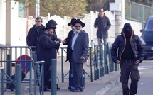 L'homme à scooter court toujours : La France face à un tueur en série ciblant juifs et musulmans