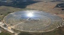 Au cœur de l'Andalousie, une centrale solaire qui fonctionne même la nuit