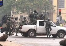 Coup d'Etat Au Mali  : Les militaires s'emparent du pouvoir à Bamako