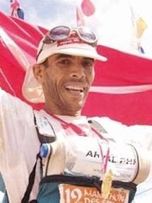 «Marathonien des sables, Lahcen Ahansal, enfant nomade et star du désert»