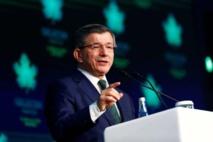 Un ex-Premier ministre turc égratigne Erdogan en lançant son parti