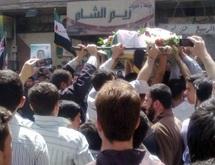 Poursuite des violences en Syrie : La communauté internationale condamne le régime Al-Assad
