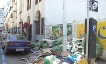 """La folie furieuse du tenancier du café de l'Espace Sekkala : Des tonnes d'ordures pour empêcher le déroulement du Festival """"Printemps Sidi Belyout"""""""