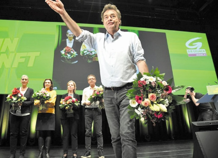 En Autriche, le gouvernement de Sebastian Kurz et des Verts s'installe au pouvoir