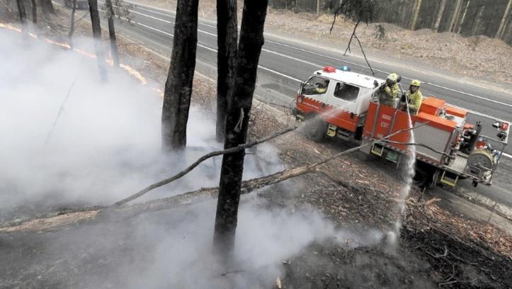 Les pompiers redoublent d'efforts avant la prochaine vague de chaleur en Australie