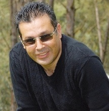 """Entretien avec le chanteur-compositeur Nouri : """"L'artiste marocain est toujours en quête d'une reconnaissance publique"""""""