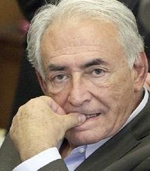 Il prépare sa défense en France et aux Etats-Unis : Il y a un an, DSK entamait sa chute vertigineuse