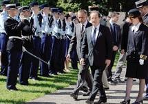 Dans une conjoncture européenne inquiétante : Hollande investi aujourd'hui président de la France