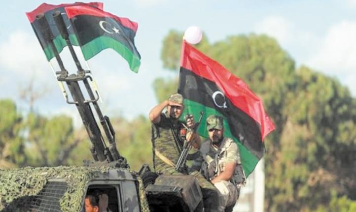 """Les camps libyens rivaux acceptent de transformer """"la trêve"""" en un """"cessez-le-feu durable"""""""