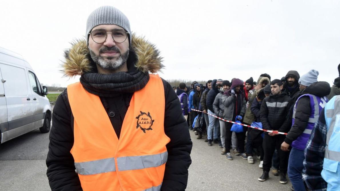 Shadi et Riaz, destins croisés d'ex-réfugiés de Calais