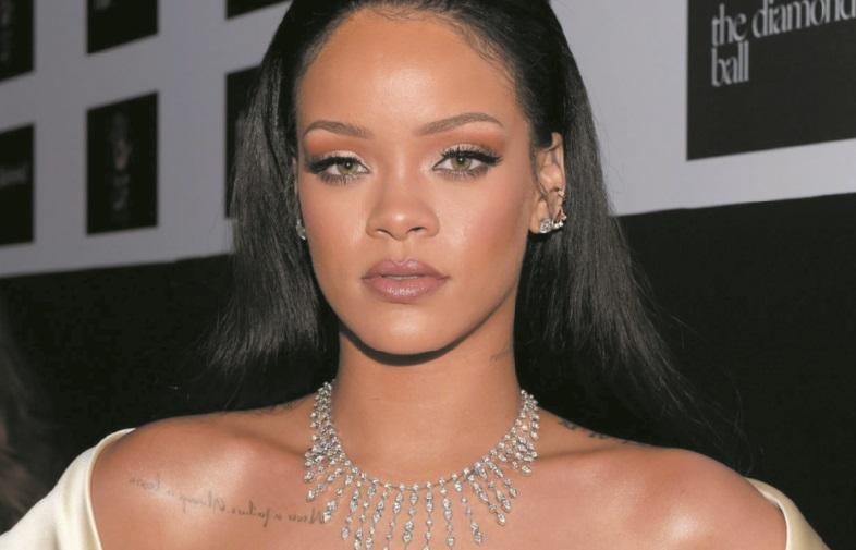 """Le """"come back"""" de Rihanna se fait désirer"""