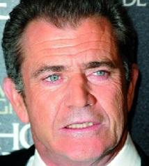 Le père de Mel Gibson divorce à 93 ans !