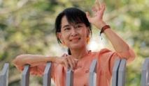 Aung San Suu Kyi est arrivée à Genève