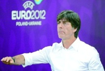 "Löw: battre la Grèce sera ""un beau défi"""