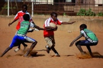 Les petits bonds de la balle ovale au Sénégal