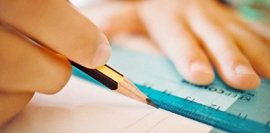 La controverse sur les frais de scolarité fait rage entre les écoles privées et les parents d'élèves