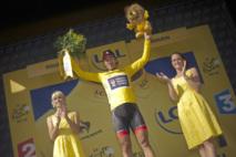 Andre Greipel remporte une quatrième étape du tour de France marquée par une dégringolade générale : Cancellara toujours en jaune