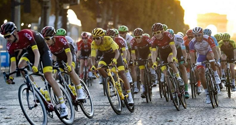 La menace sur le Tour de France fait craindre une catastrophe pour le cyclisme