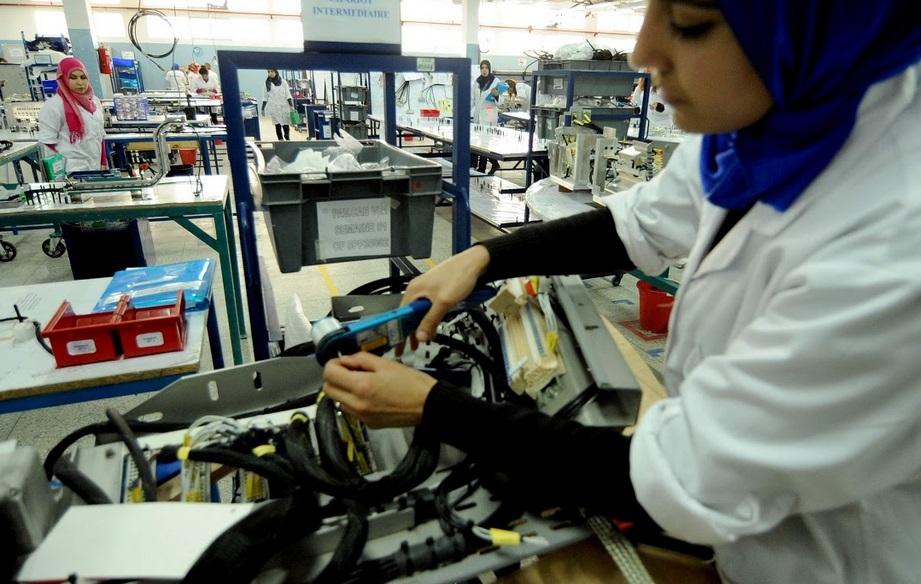 Chute brutale attendue du commerce mondial de l'électronique et des produits automobiles