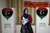 La Libye à la découverte de la démocratie: Les libéraux majoritaires à Benghazi et Tripoli