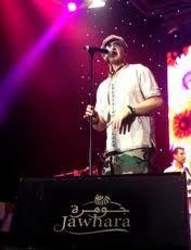 300.000 fans applaudissent l'idole des jeunes : Cheb Bilal enflamme le Festival Jawhara