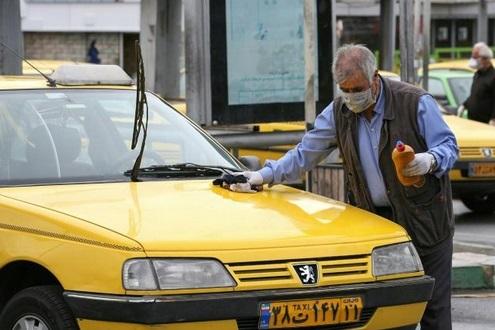 A Téhéran, les chauffeurs de taxi broient du noir à cause du virus
