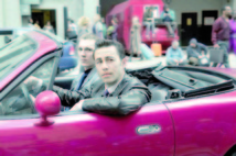 "Un thriller futuriste de l'Américain Rian Johnson avec Bruce Willis: Le film ""Looper"" ouvrira le Festival de Toronto"