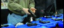 Les ventes d'armes en forte hausse au Colorado après la fusillade