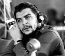 Che Guevara: Le médecin, le révolutionnaire et le politicien