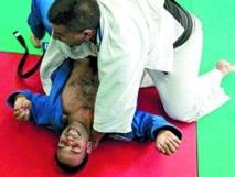 Les Palestiniens savourent le combat historique de leur judoka