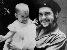 Che Guevara  : Le médecin, le révolutionnaire et le politicien