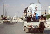 Les accrochages se poursuivent à Alep : Des milliers de Syriens ont fui vers la Turquie