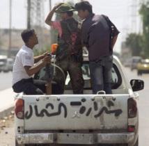 Bombardements et vague d'arrestations à Damas, attaques des rebelles à Alep