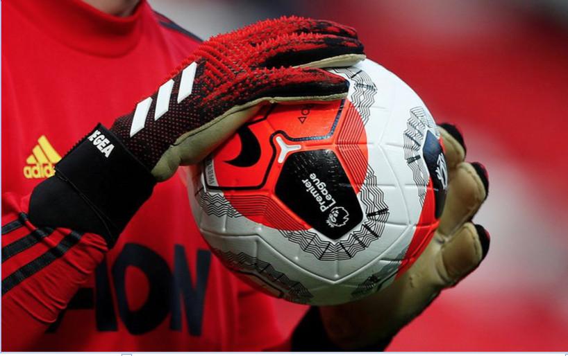 Avec 6 cas  positifs au Covid-19, la  Premier League limite la casse