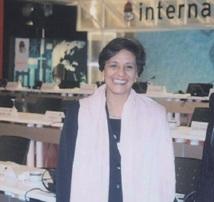 Ouafa Hajji, la nouvelle présidente de l'ISF : Portrait d'une militante de gauche élue à la tête des femmes socialistes du monde
