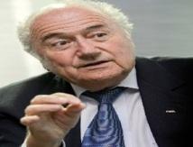 """Blatter: """"La Fifa sur les bons rails, j'y arriverai"""""""