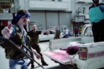 Les pénuries s'aggravent en Syrie: Les fiefs rebelles sous les bombes