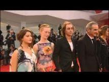 Au sixième jour du Festival de Venise : Olivier Assayas rend hommage aux années 70