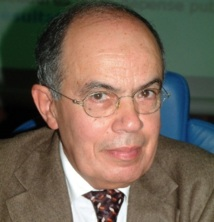 """Fathallah Oualalou devant l'I.S : """"Les socialistes doivent promouvoir une approche social-démocrate de sortie de crise"""""""