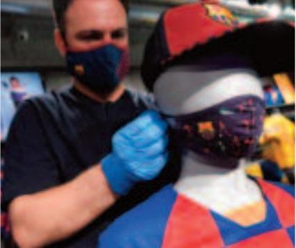 Masques, gants, huis clos