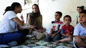 People : Angelina Jolie aux côtés des réfugiés syriens
