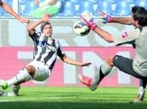 Calcio : La passe de trois de la Juve, Naples et Lazio