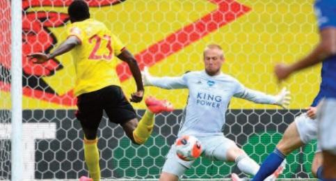 Premier League : Leicester patine, Arsenal s'écroule