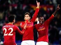 Calcio : Naples rejoint la Juve aux commandes