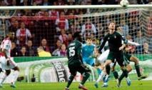 Ligue des champions de l'UEFA : Le Real se promène à Amsterdam City à la peine à la maison et le PSG défait à Porto