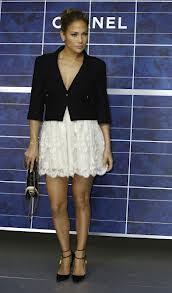 La fille de Jennifer Lopez au défilé Chanel avec 2 000 euros d'accessoires !