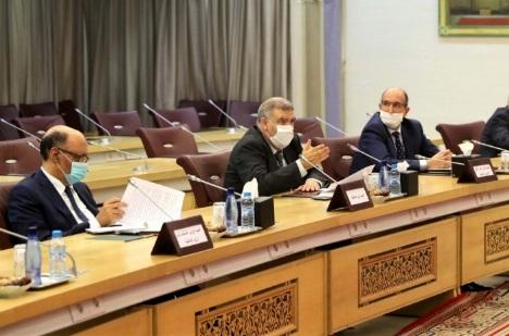 Abdelouafi Laftit  se réunit avec les dirigeants des partis politiques