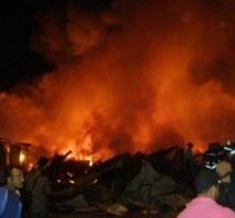 Témara: Violent incendie dans un souk de commerce du bois