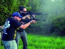 Aux Etats-Unis, des particuliers choisissent de s'armer de kalachnikovs